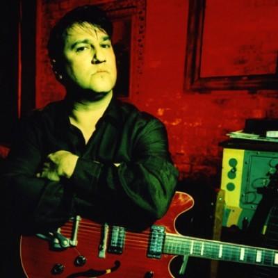 Greg Dulli promete tocar os clássicos de sua carreira em shows solo