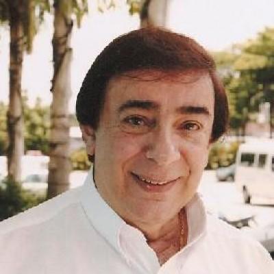Locutor de Silvio Santos amanheceu morto; ele trabalhava há mais de 40 anos com o apresentador