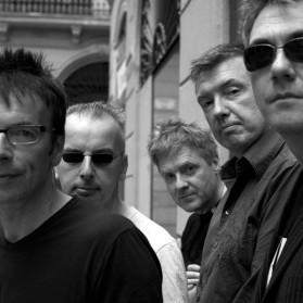 The Undertones retorna aos palcos e lança coletânea para comemorar o 35º aniversário