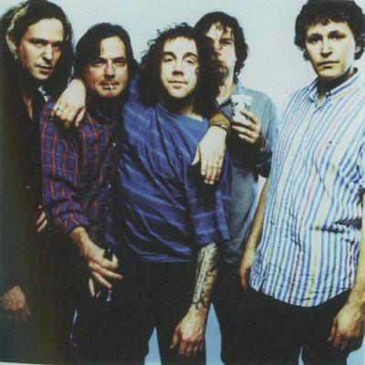A banda Guided by Voices retoma sua formação original
