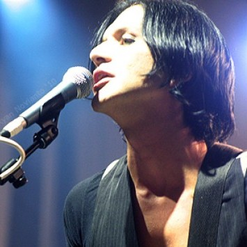 Placebo no seu primeiro show da turnê Battle For The Sun, na Indonésia. Foto: Placebo.com.br