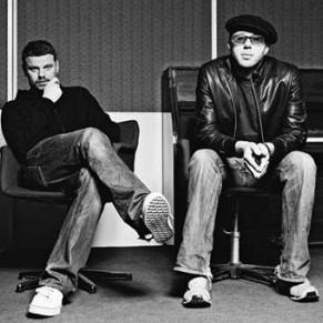 A dupla Tom Rowlands e Ed Simons, o The Chemical Brothers, lança em junho