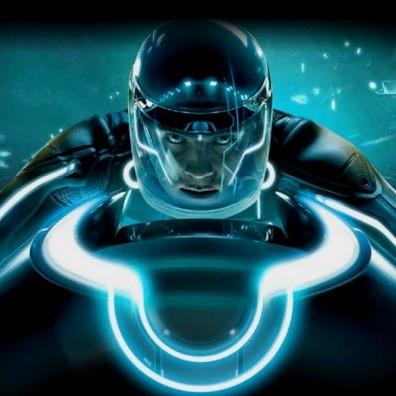 O Daft Punk lançou hoje o primeiro video da trilha sonora de Tron: Legacy